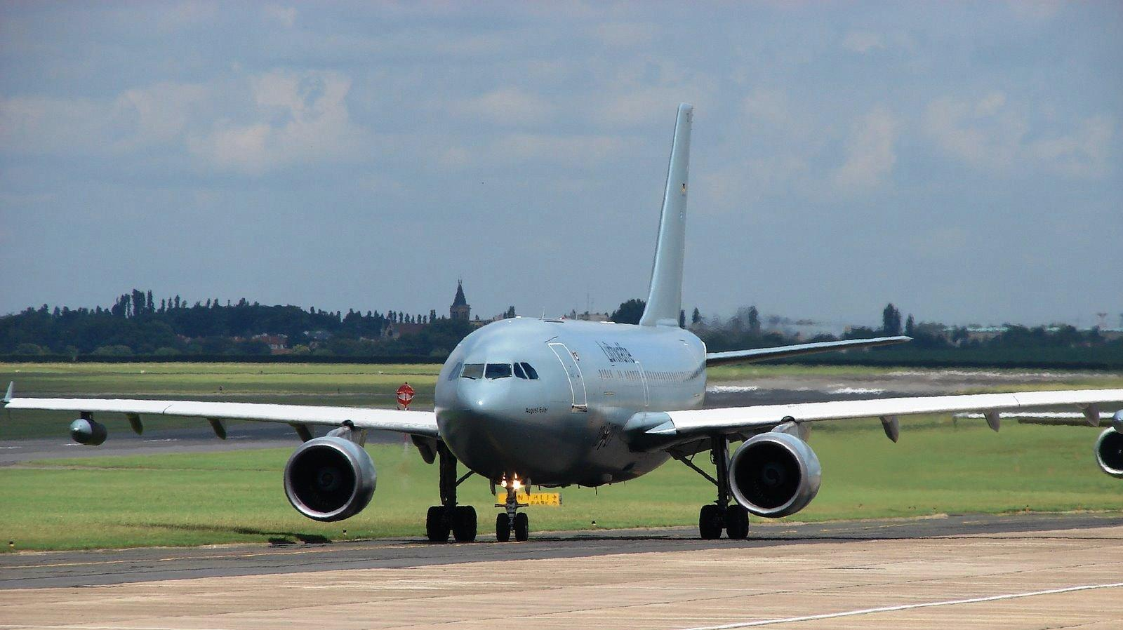 Airbus A330 wallpapers HD quality