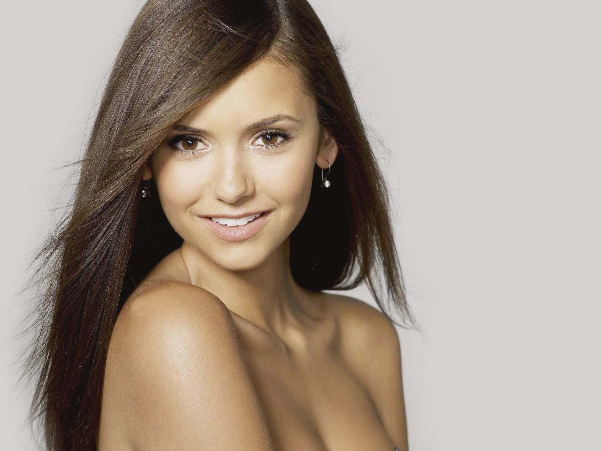 Nina Dobrev Desktop Wallpaper