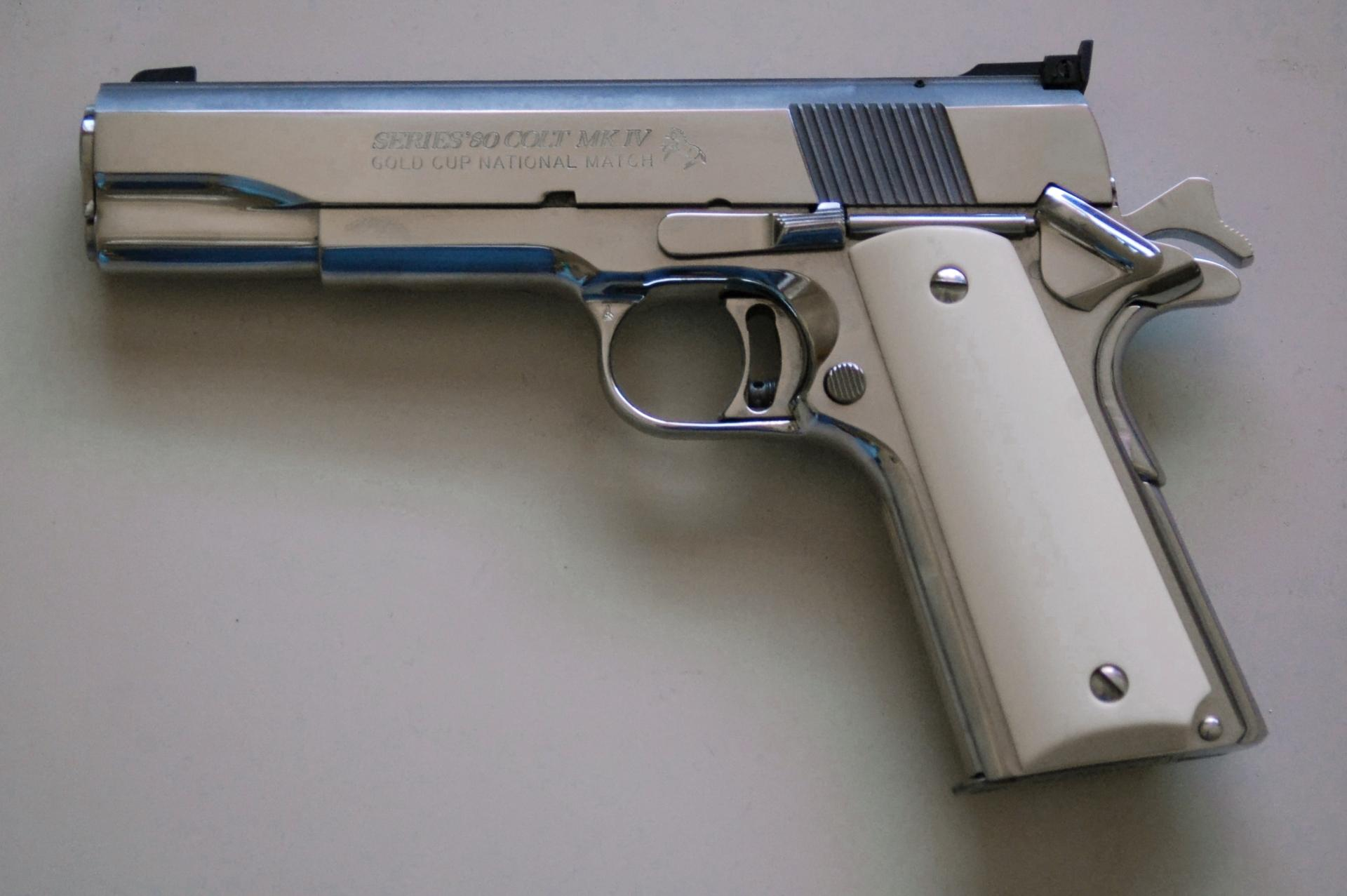 Colt Pistol wallpapers HD quality