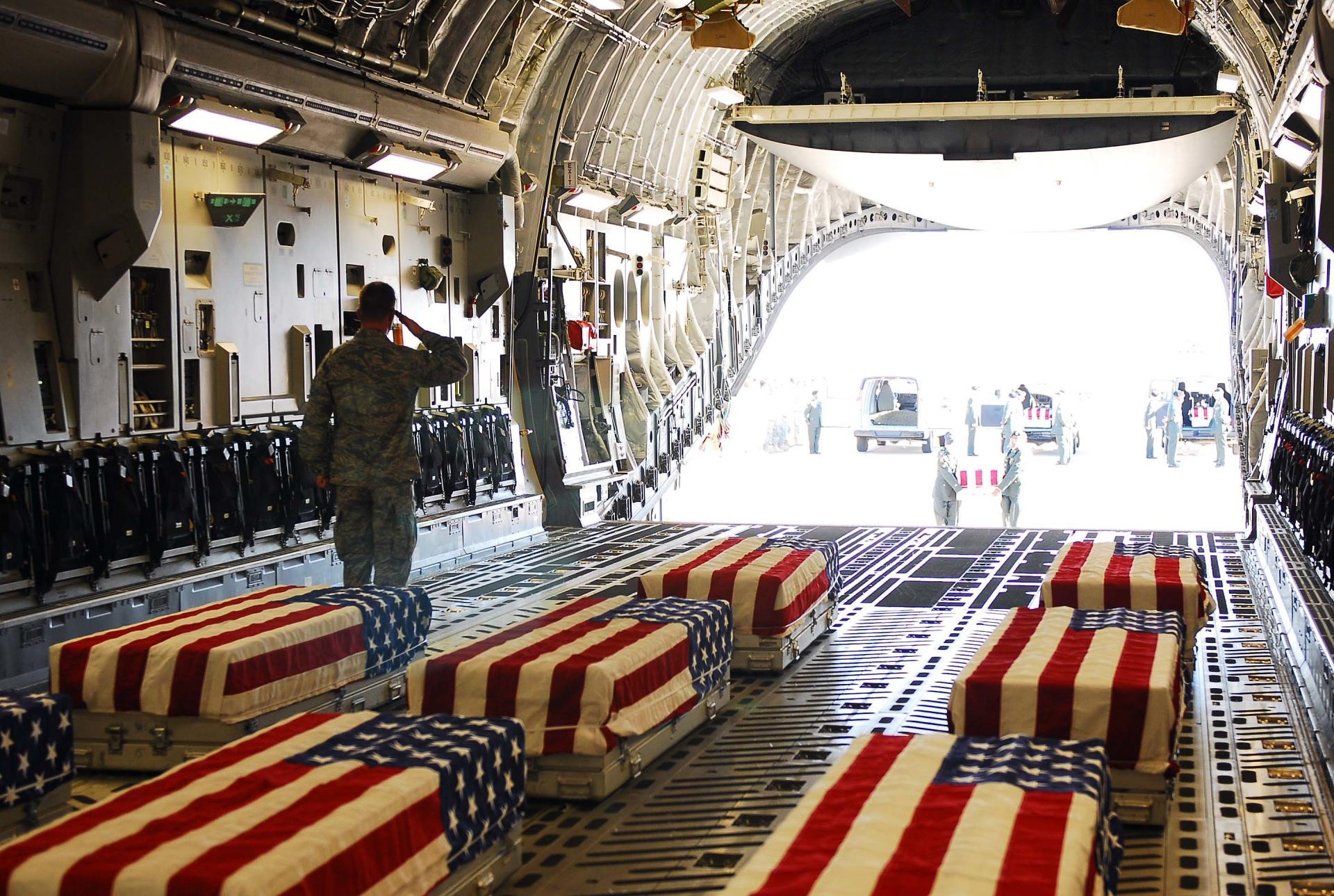 Fallen Soldier at 1152 x 864 size wallpapers HD quality