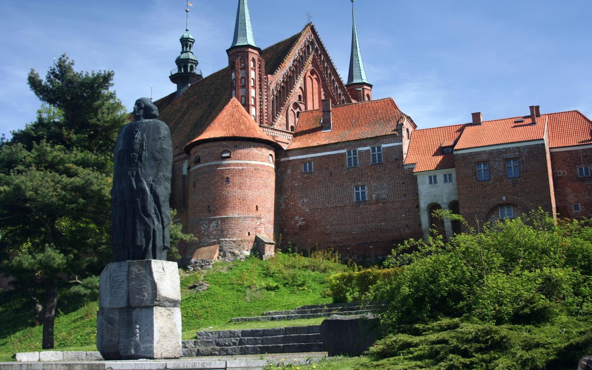 Frombork Cathedral wallpapers HD quality