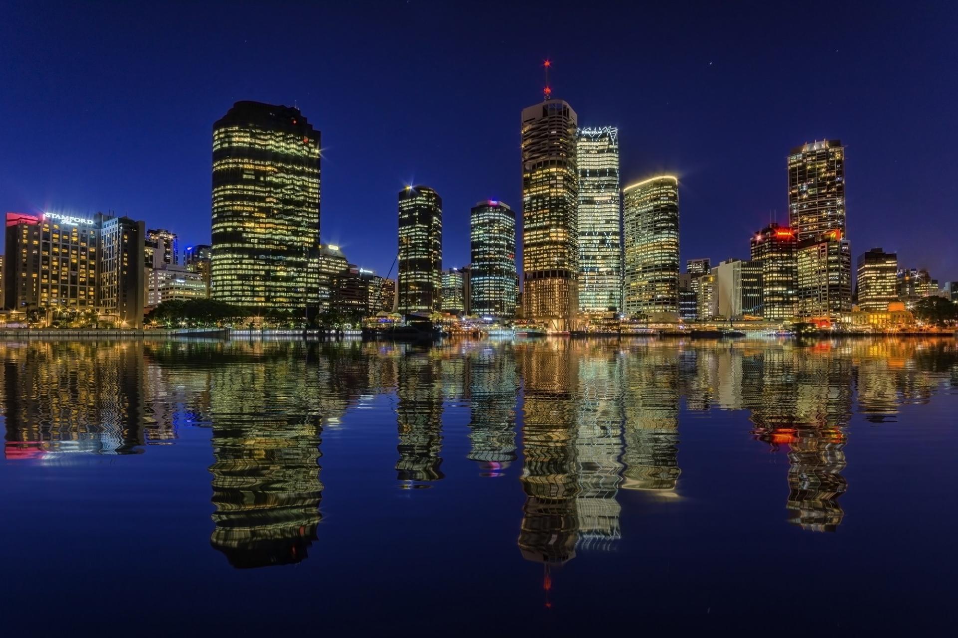 город ночь освещение отражение  № 3927557  скачать