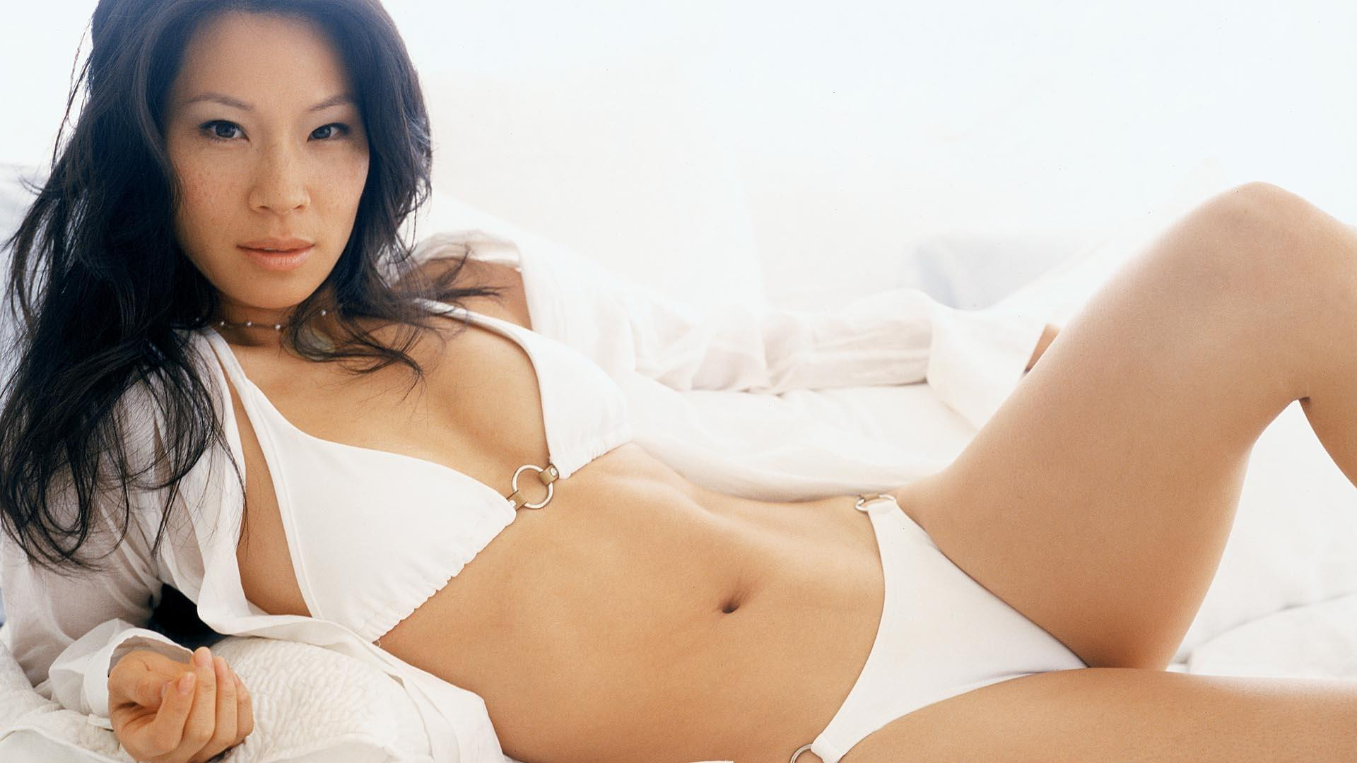 Lucy Liu Wallpaper HD Download
