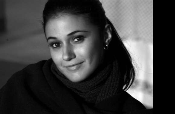 Emmanuelle Chriqui wallpapers hd quality