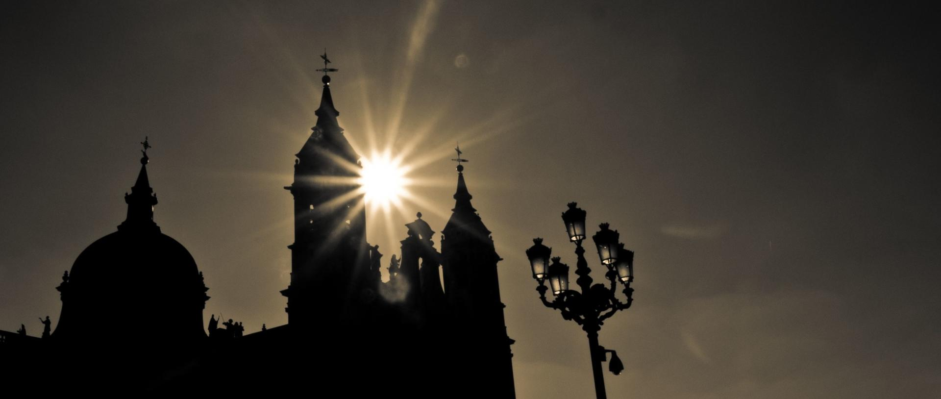 Almudena Cathedral wallpapers HD quality