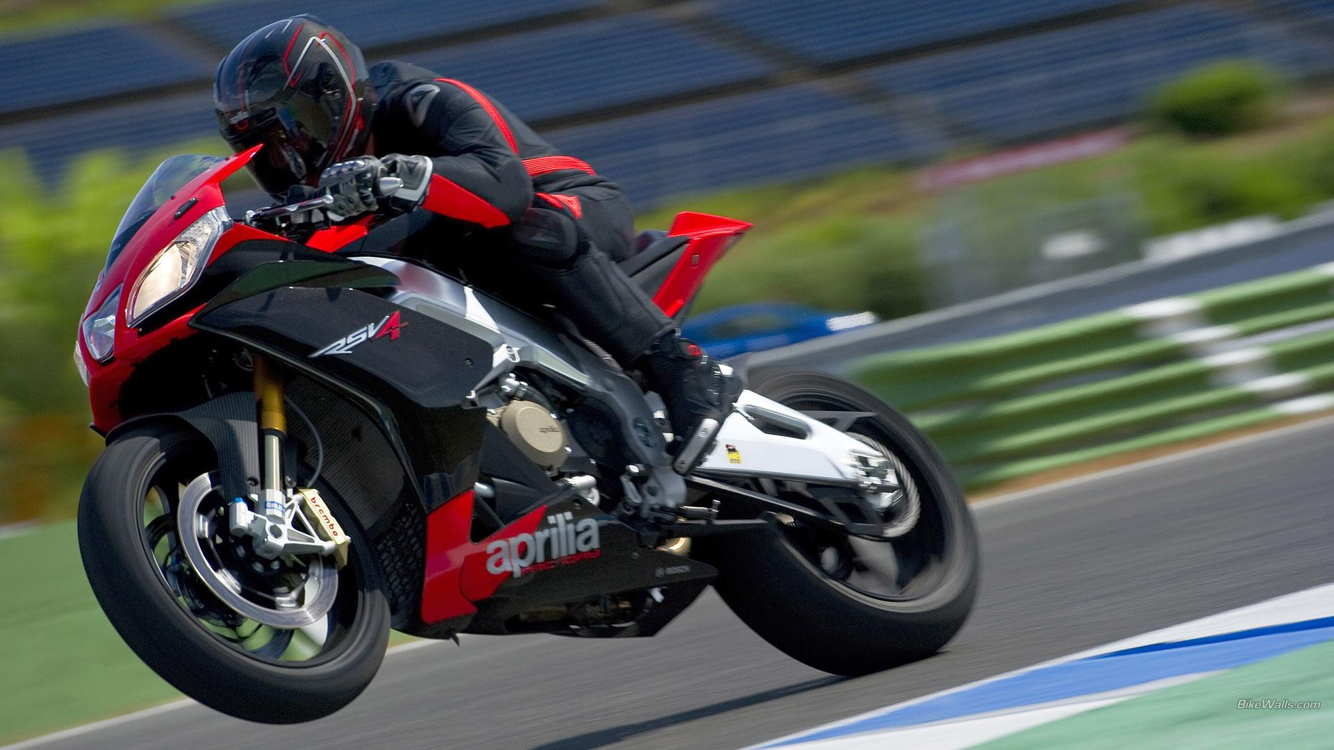Aprilia RSV4 wallpapers HD quality