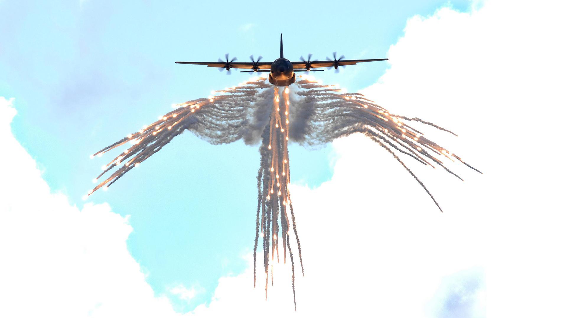 Lockheed C-130 Hercules wallpapers HD quality