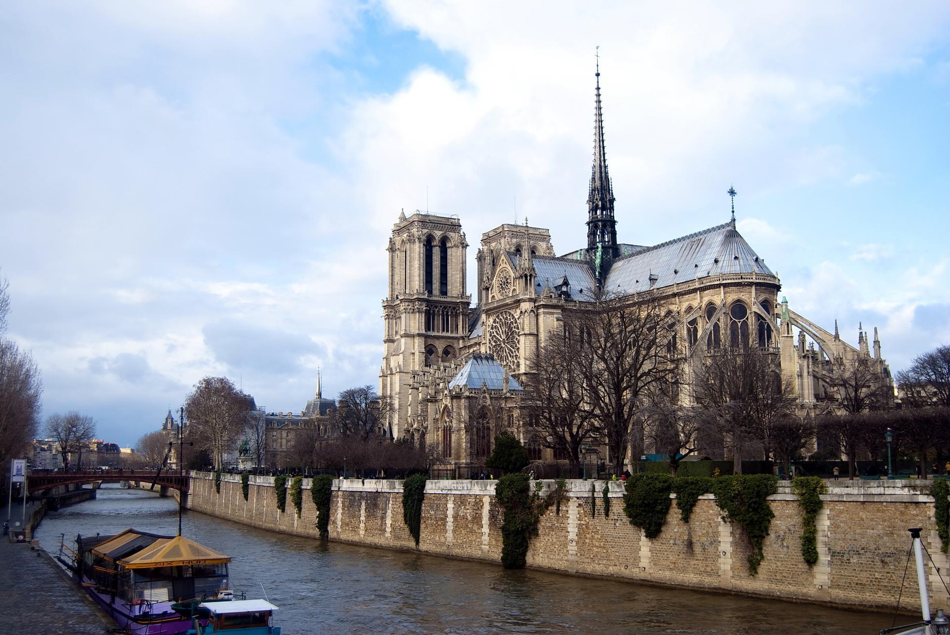 Notre Dame De Paris wallpapers HD quality