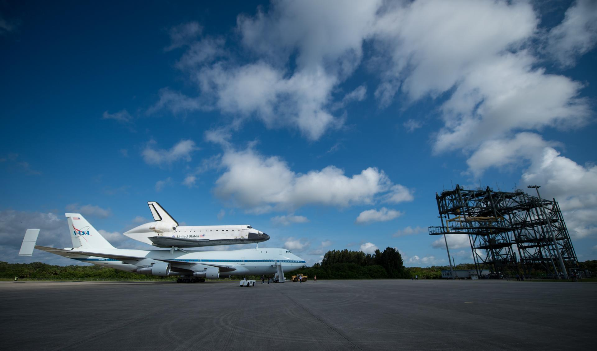 Space Shuttle Endeavour wallpapers HD quality