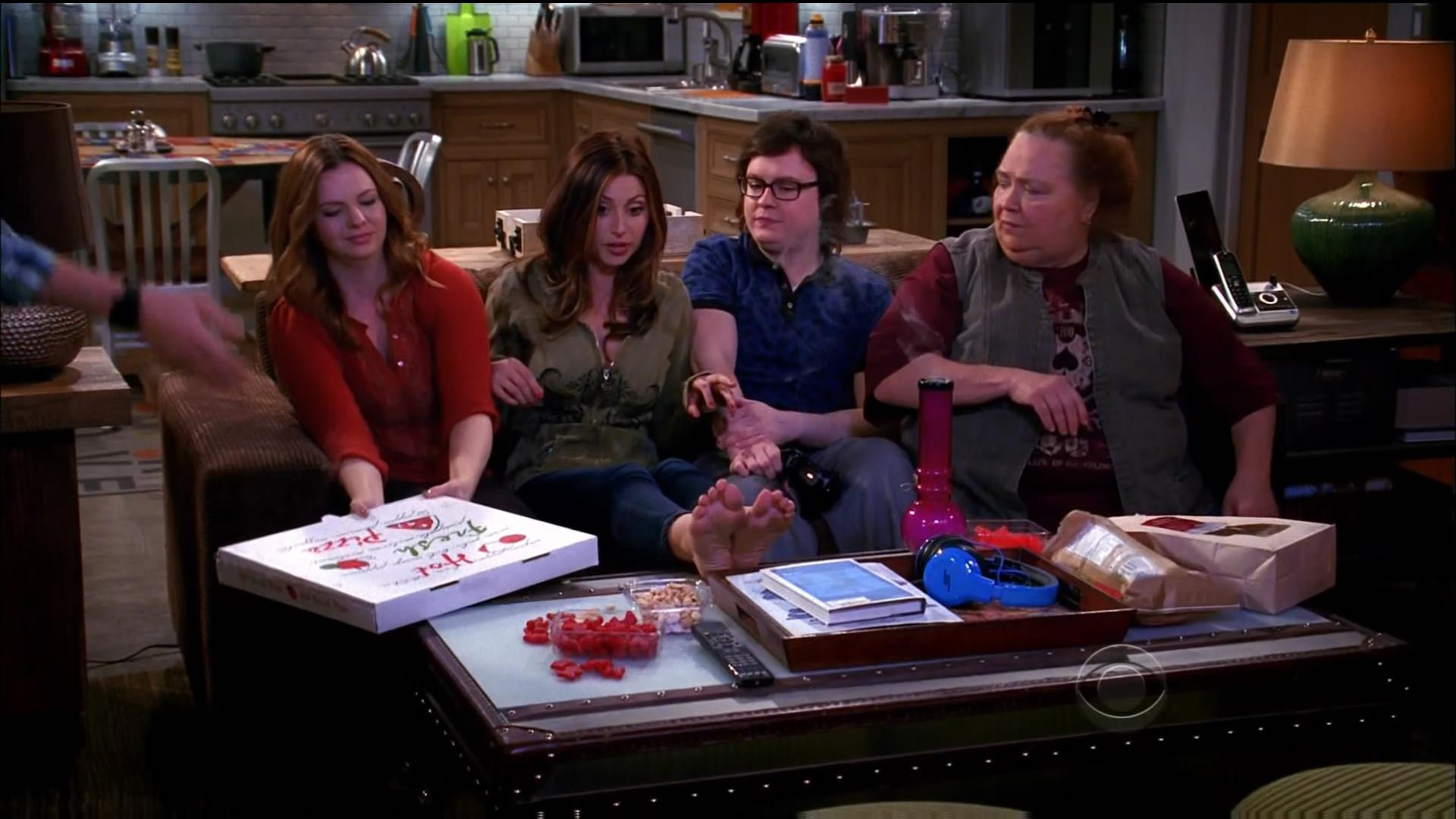 Two and a Half Men All Seasons[Dvdrips+Mkv] - Blogger