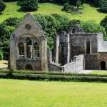 Valle Crucis Abbey hd desktop