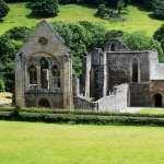 Valle Crucis Abbey hd desktop