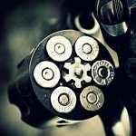 Revolver widescreen