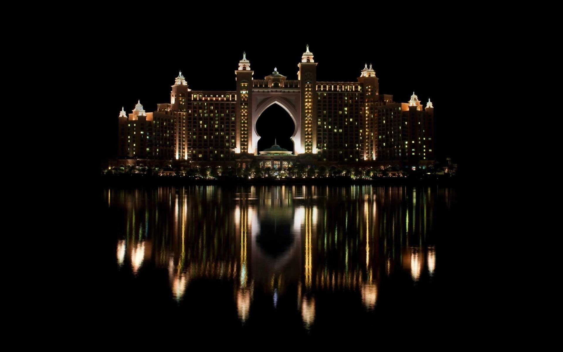 Atlantis, The Palm at 2048 x 2048 iPad size wallpapers HD quality