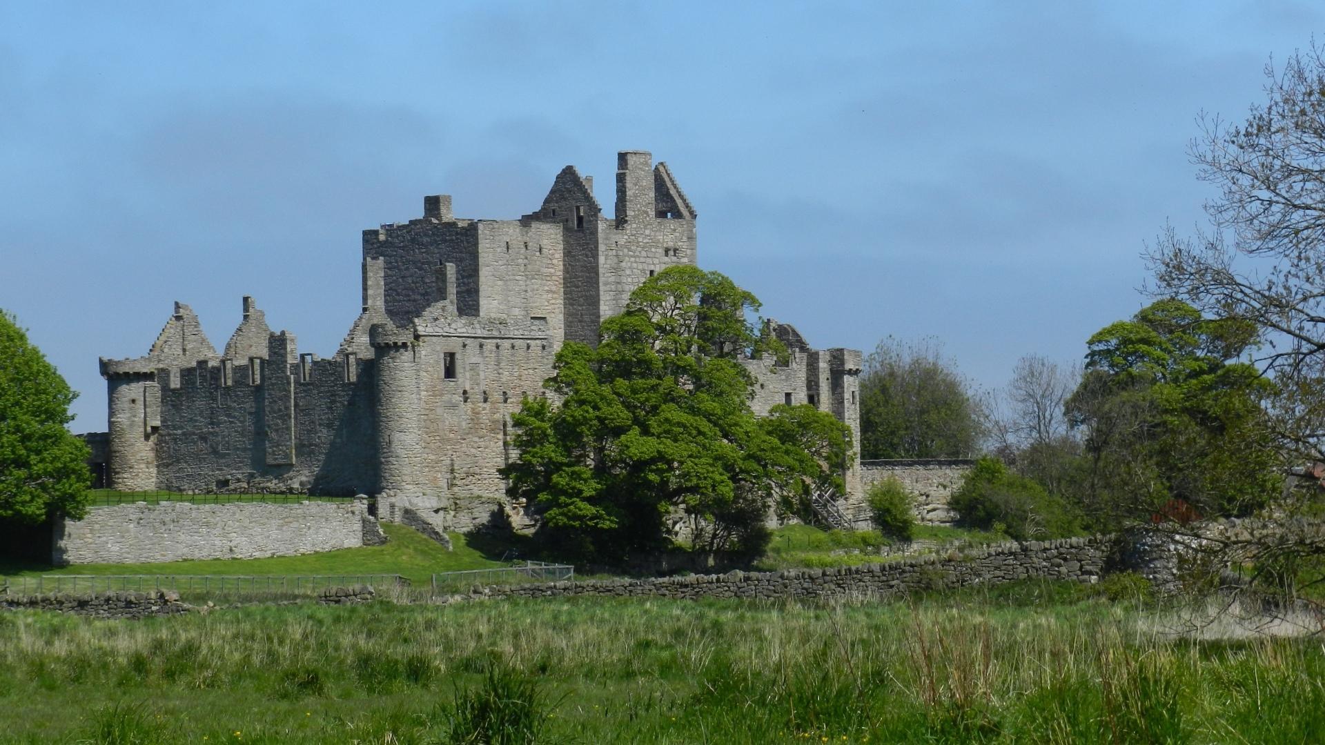 Craigmillar Castle wallpapers HD quality