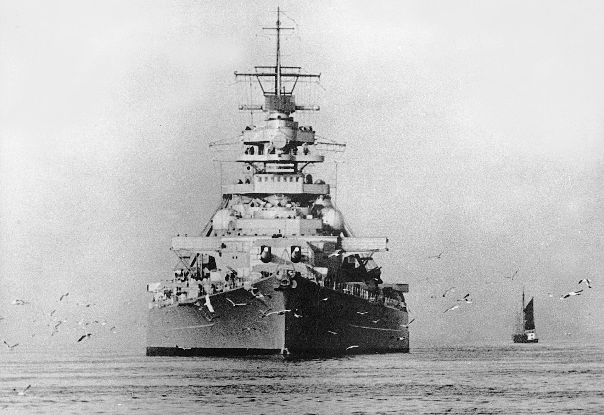 German Battleship Bismarck wallpapers HD quality