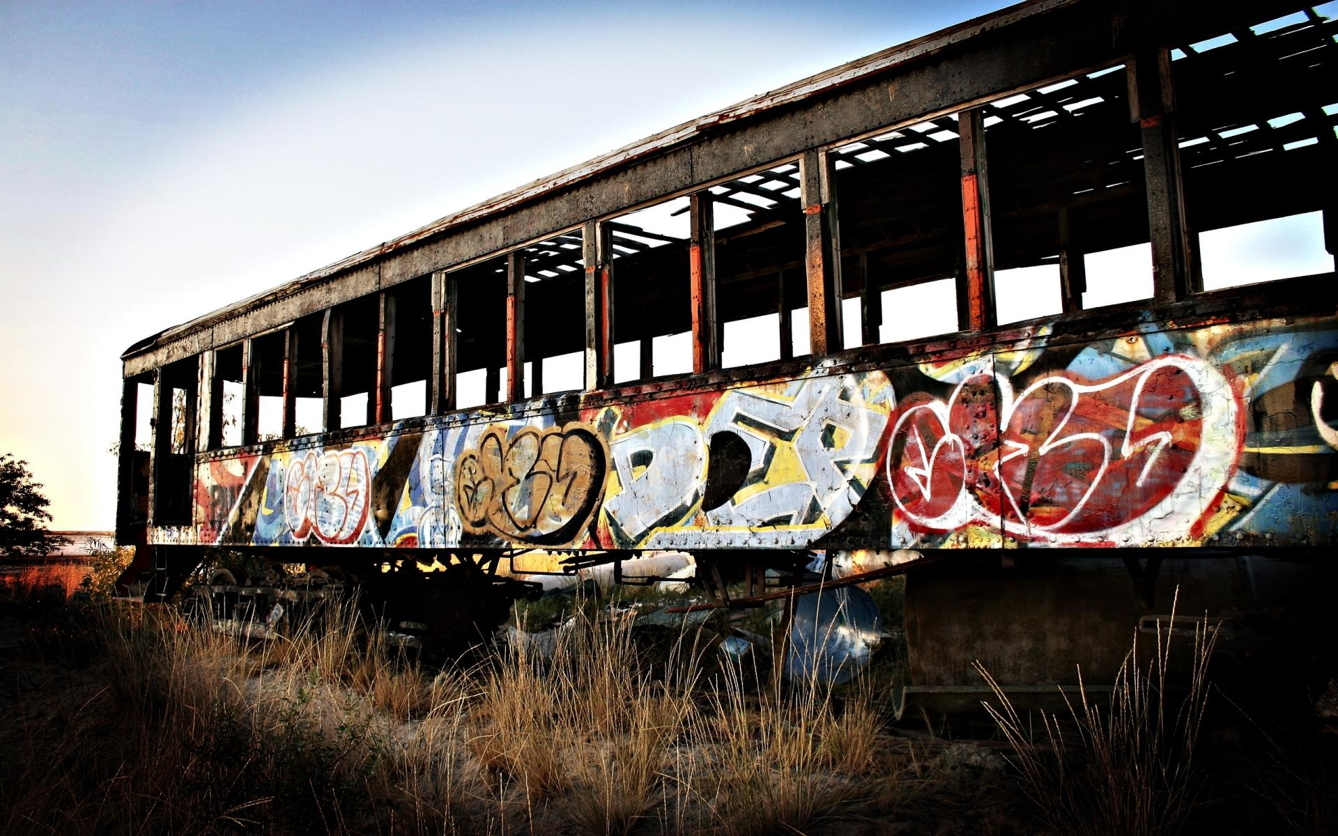 Graffiti Artistic wallpapers HD quality