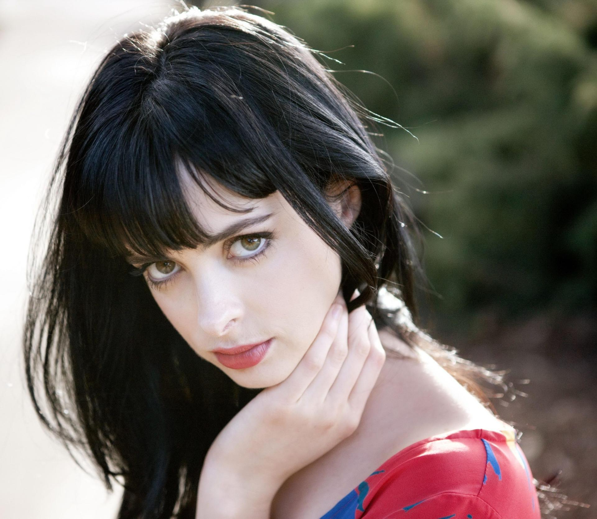 Krysten Ritter at 1024 x 1024 iPad size wallpapers HD quality