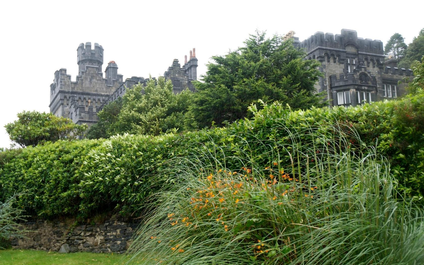 Kylemore Abbey wallpapers HD quality