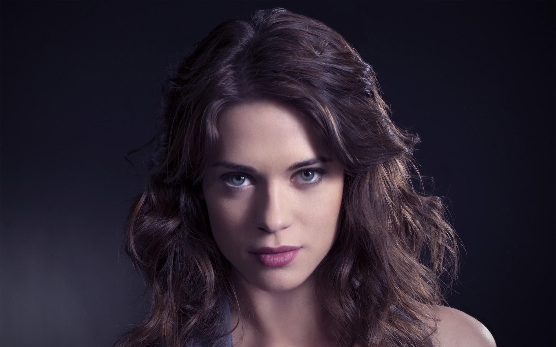 Lyndsy Fonseca wallpapers HD quality