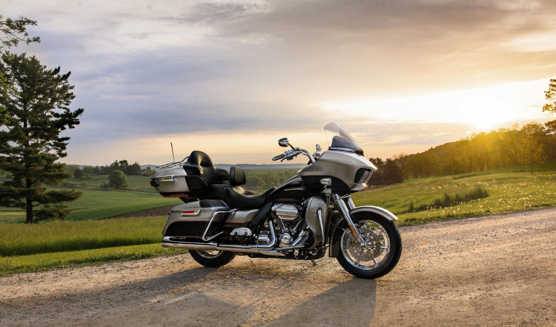 1996 Harley Road King >> Harley-Davidson Road Glide Wallpaper HD Download