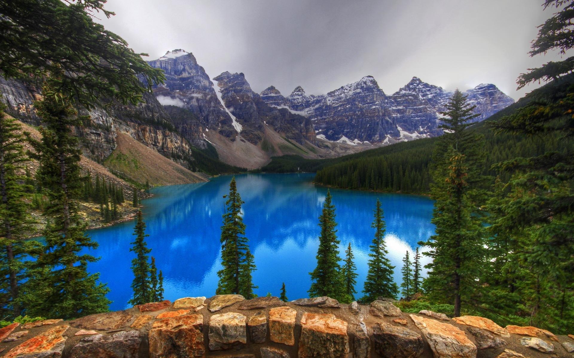 Moraine Lake Wallpaper HD Download