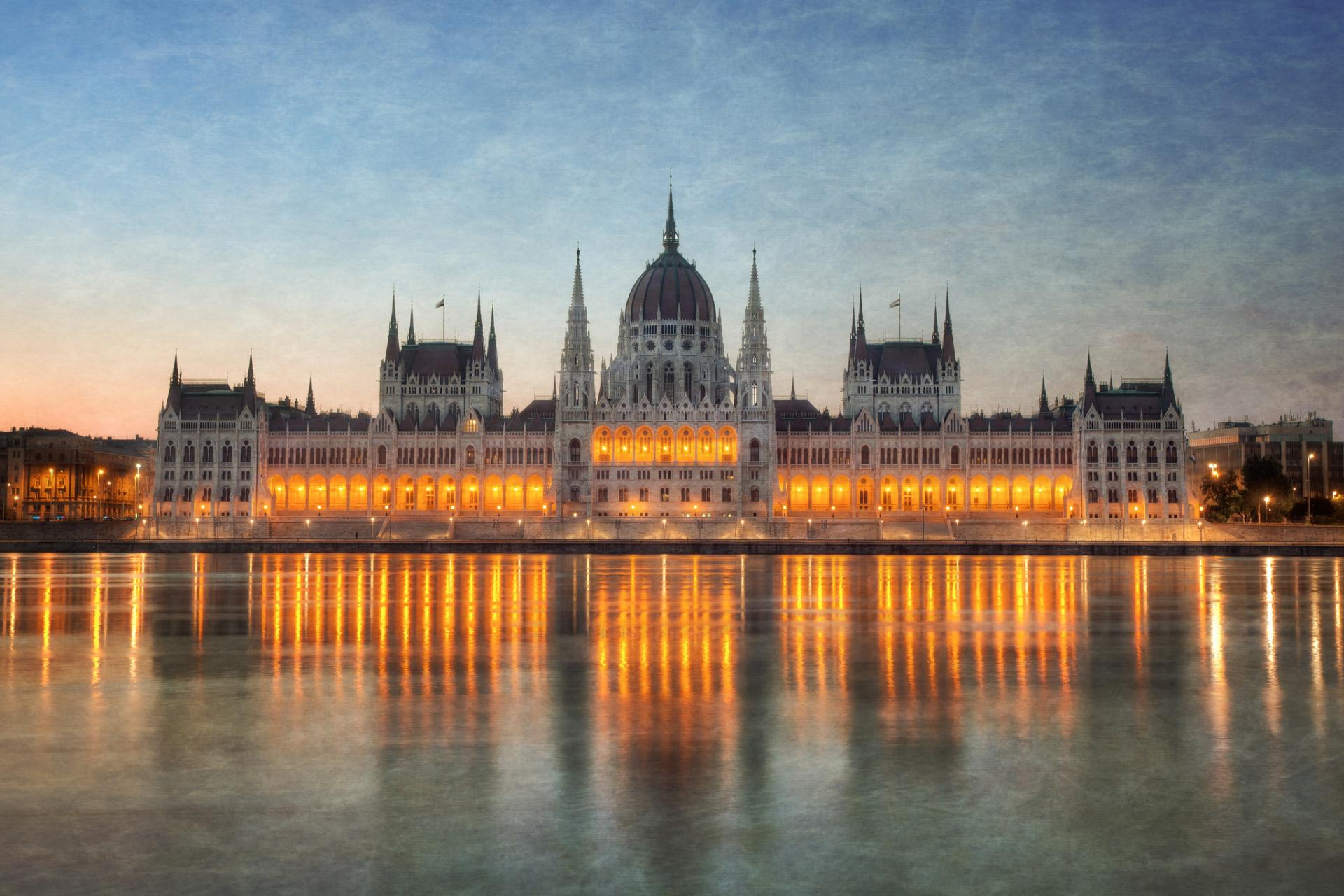 Hungarian Parliament Building wallpapers HD quality