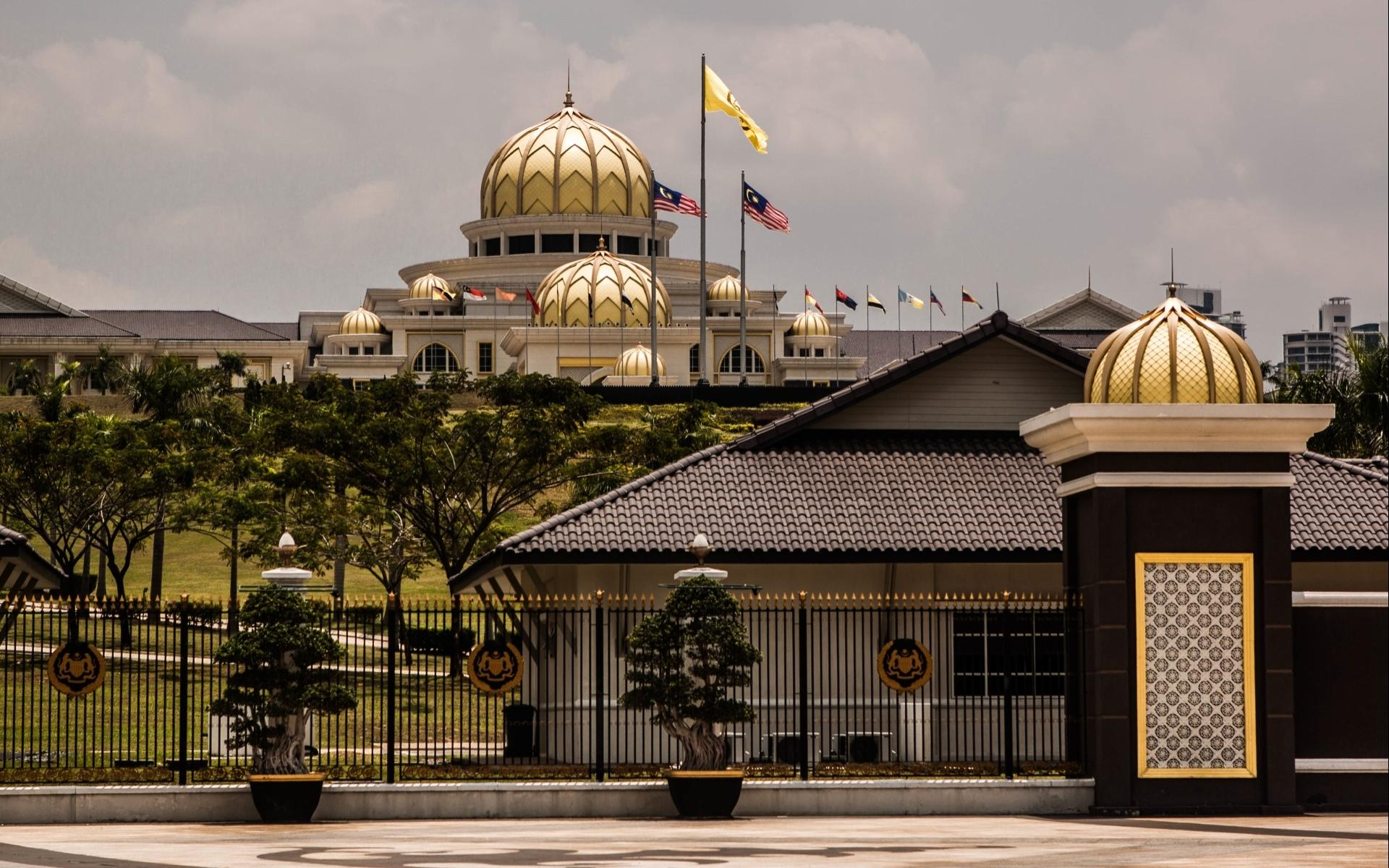 Istana Negara, Jakarta wallpapers HD quality