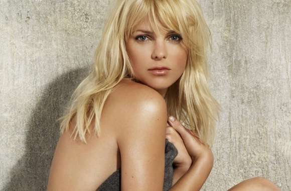 Anna Faris wallpapers hd quality