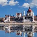 Hungarian Parliament Building download wallpaper