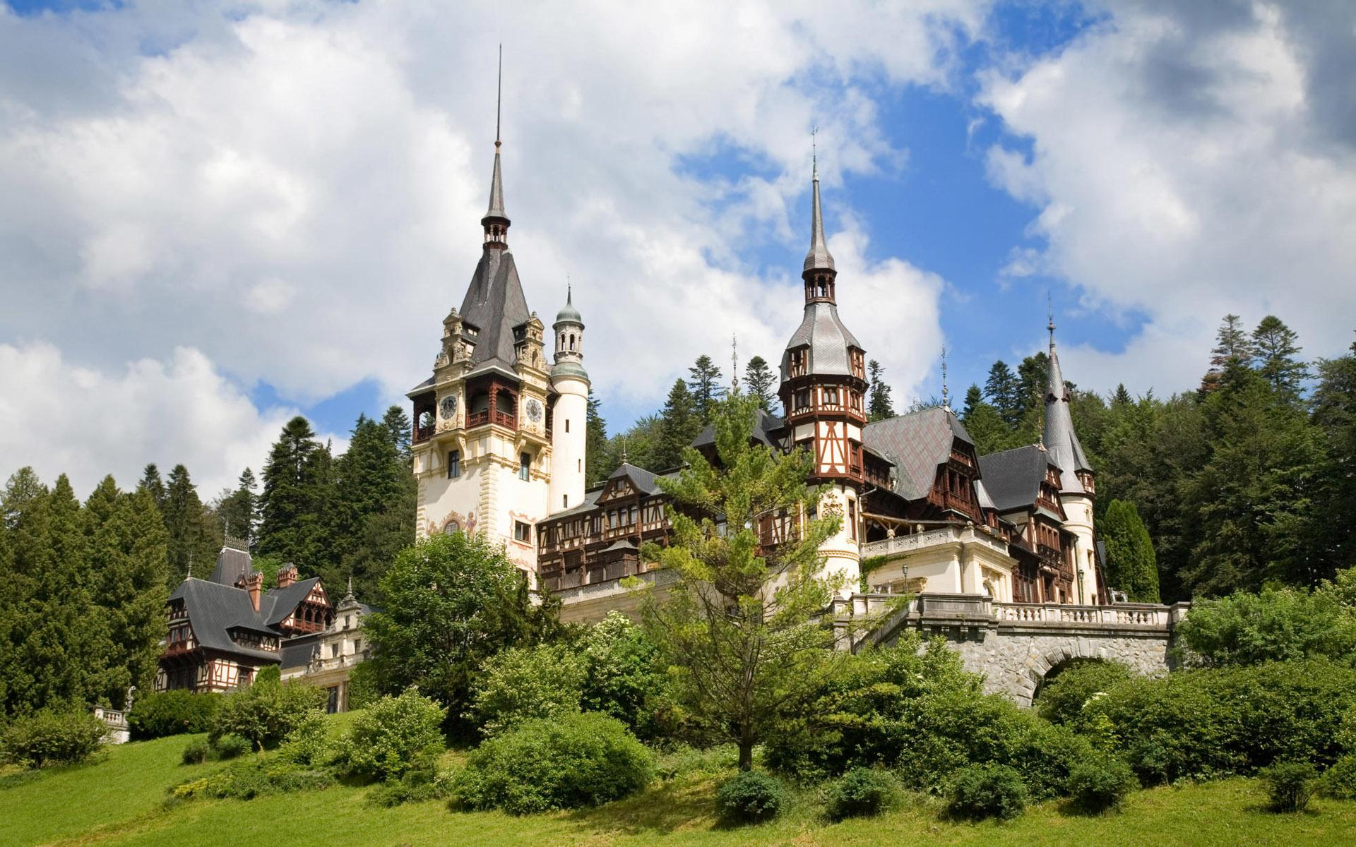 Peles Castle wallpapers HD quality