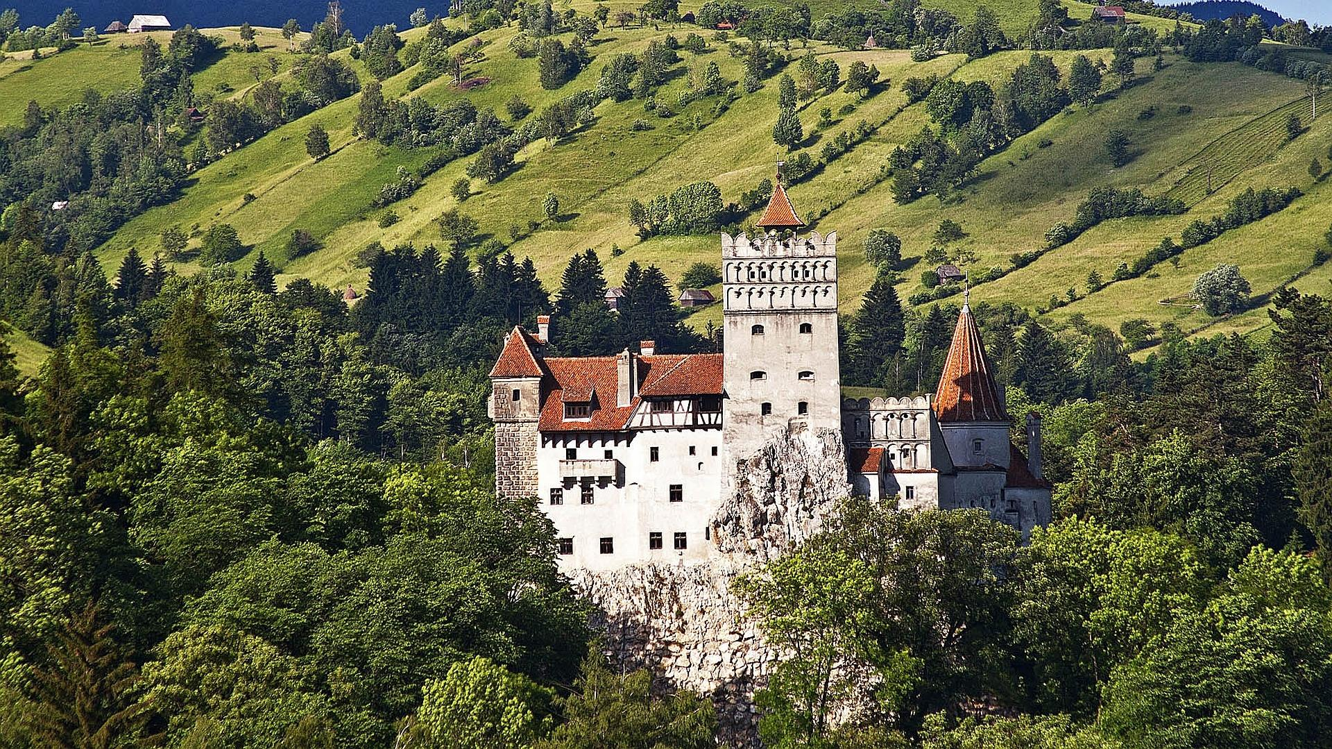 Bran Castle wallpapers HD quality