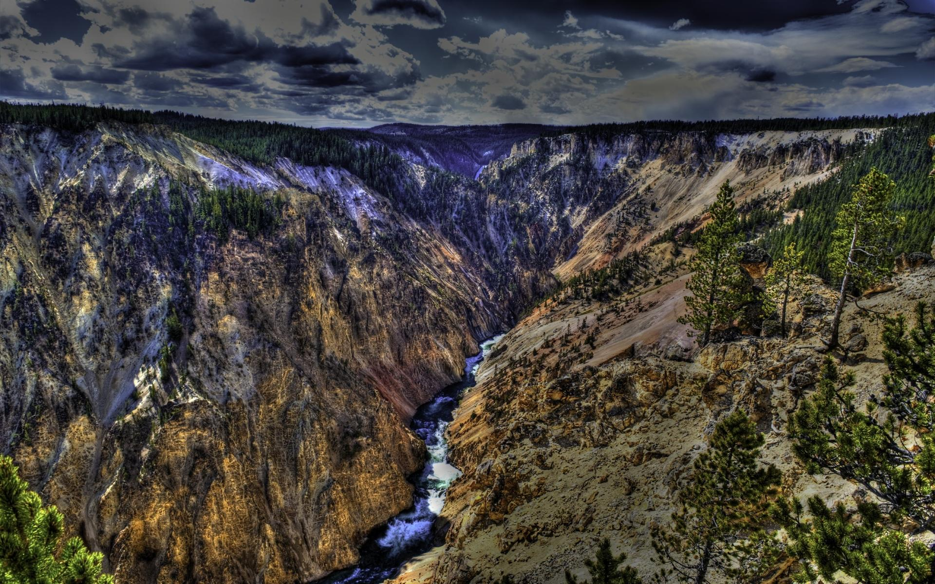 Yellowstone National Park at 1024 x 768 size wallpapers HD quality