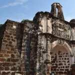 Famosa Fortress In Malacca pics