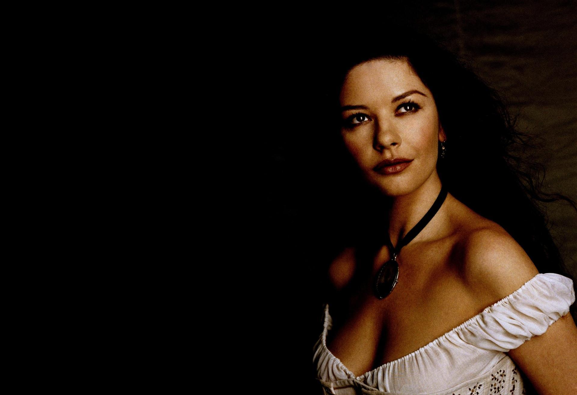 Catherine Zeta-Jones wallpapers HD quality