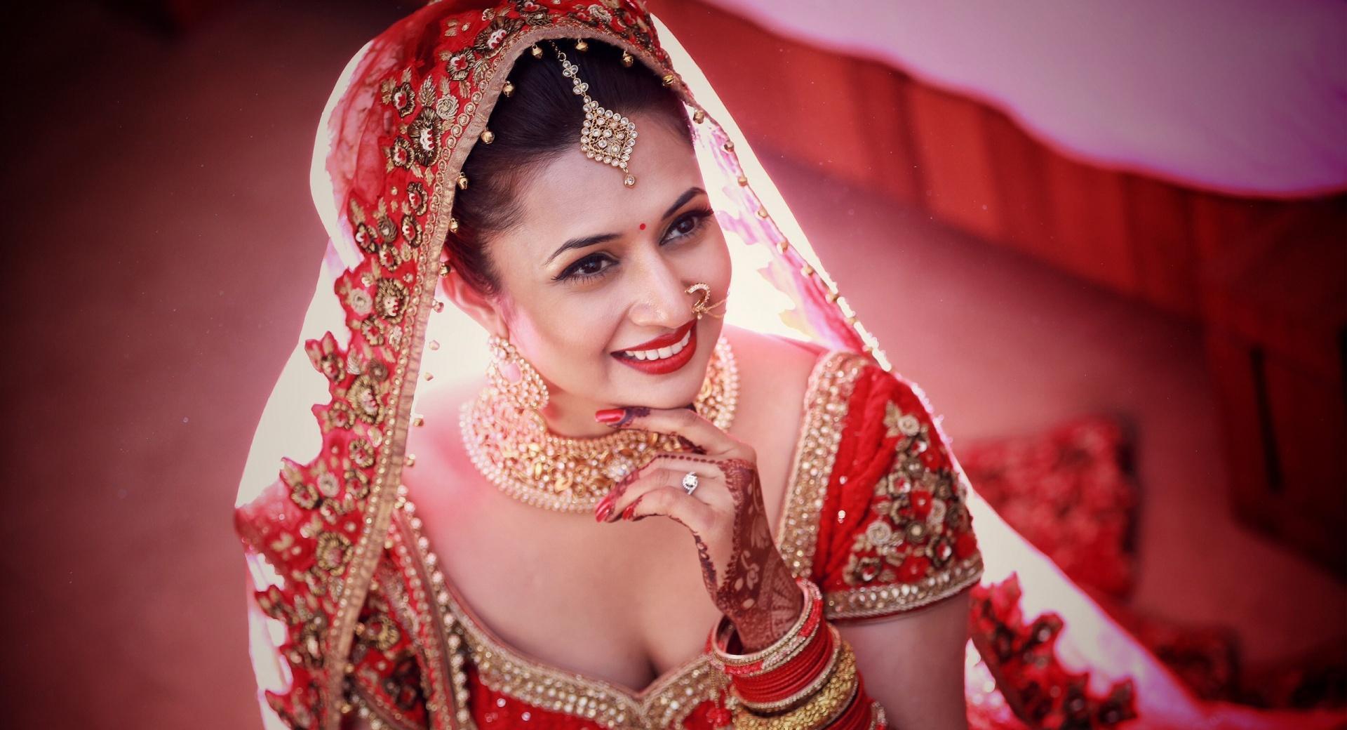 Divyanka Tripathi Wedding Bride wallpapers HD quality