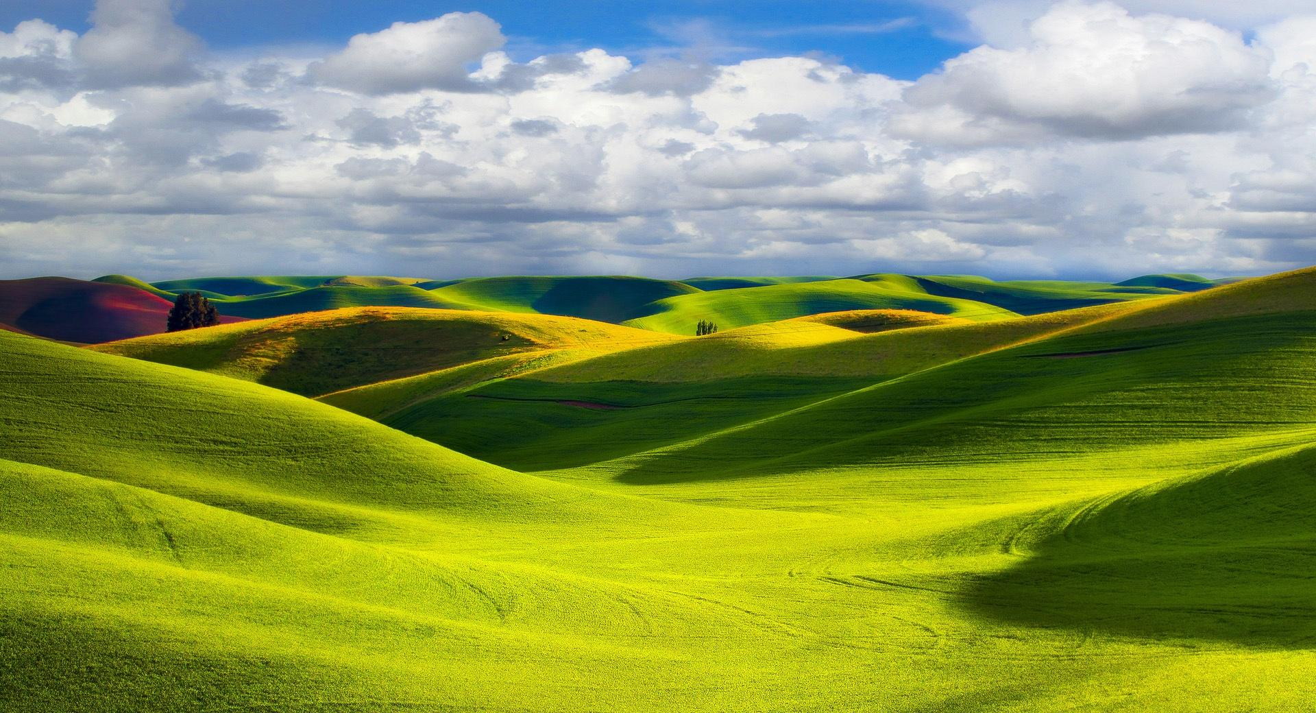 Green Hills at 1280 x 960 size wallpapers HD quality