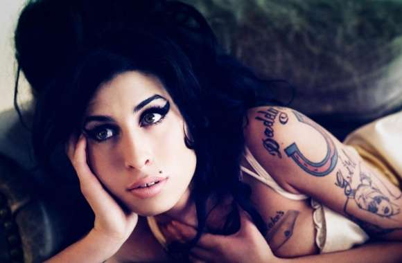 Amy Winehouse Hot wallpapers hd quality