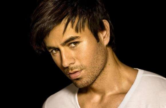 Enrique Iglesias Shot 2 wallpapers hd quality
