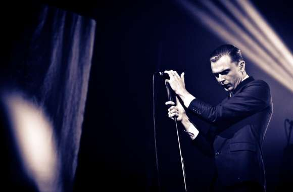 Hurts Theo Hutchcraft wallpapers hd quality