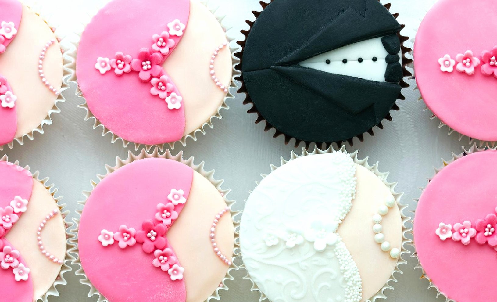 Amazing cupcake wallpapers HD quality