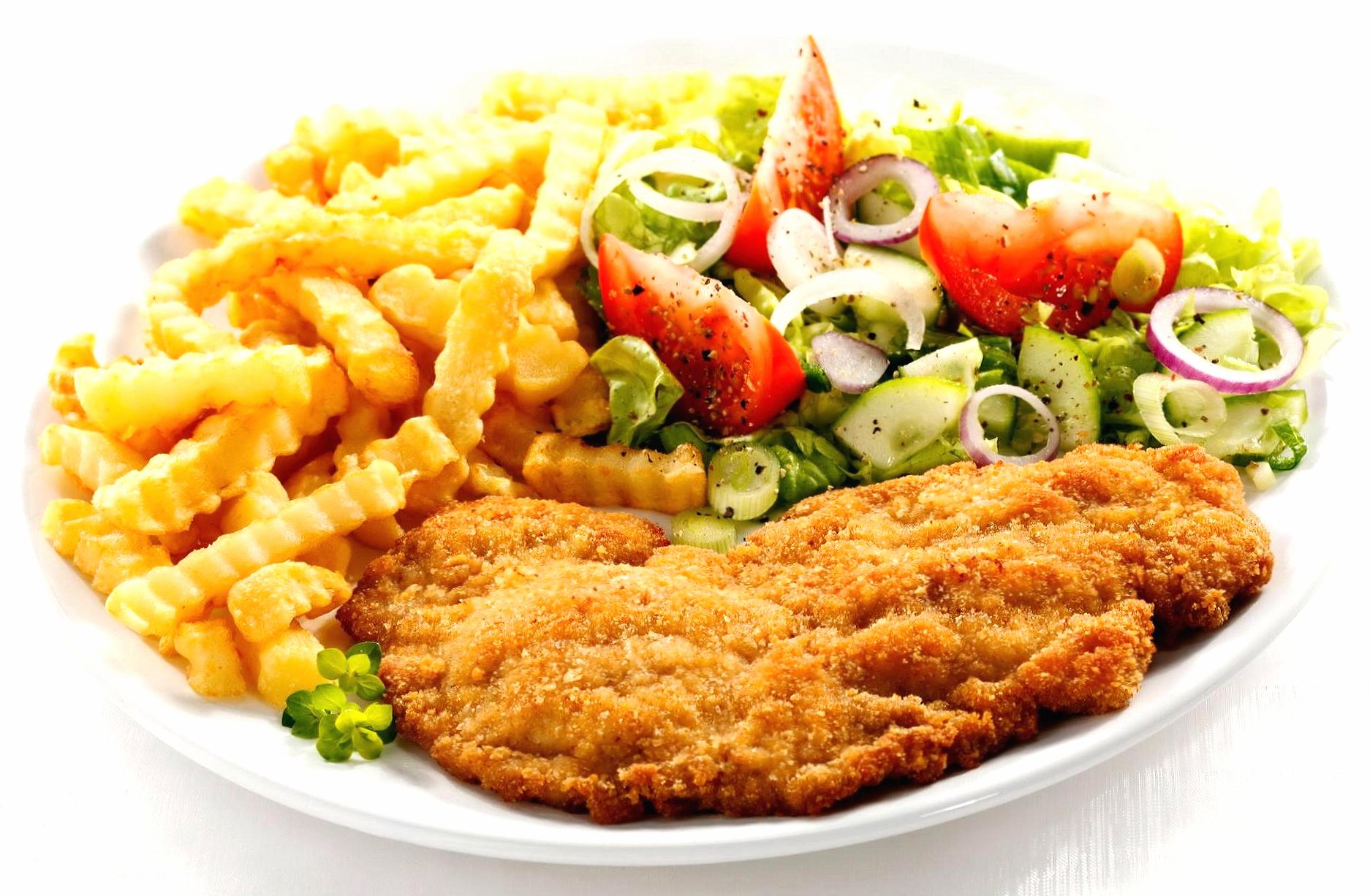 Breaded steak vegetables and chips wallpapers HD quality
