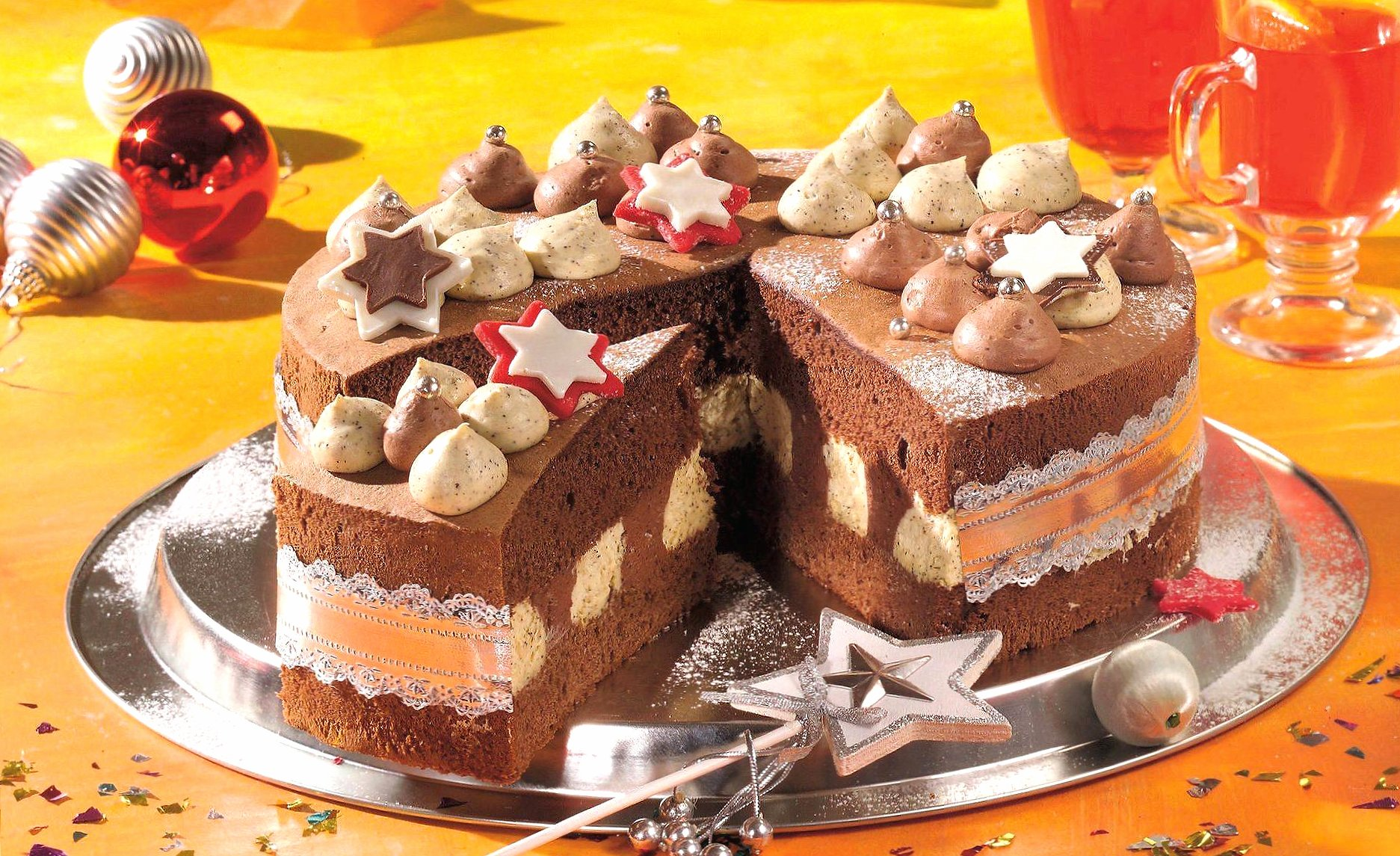 Soft cake with chocolate wallpapers HD quality