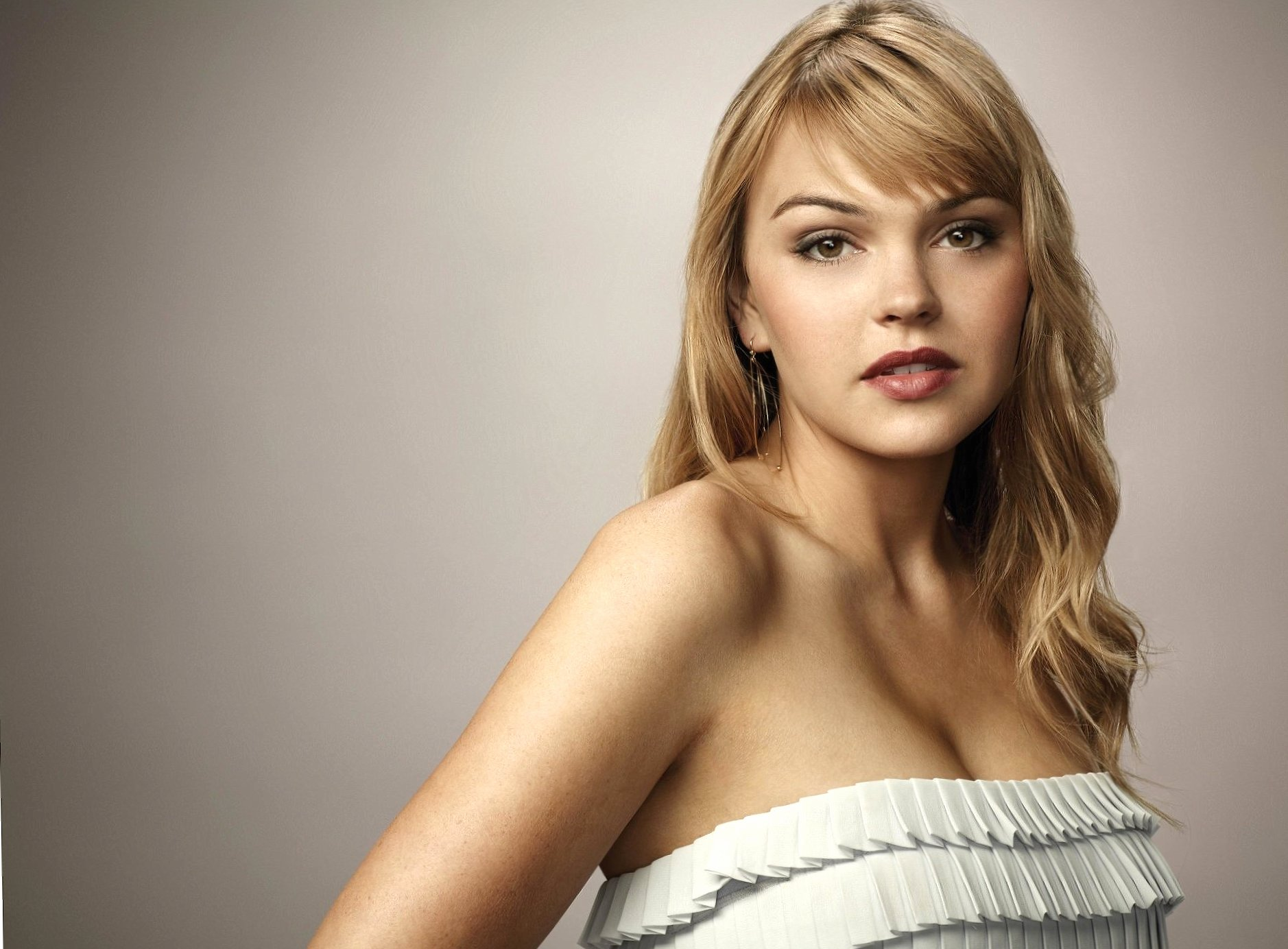 Aimee Teegarden wallpapers HD quality