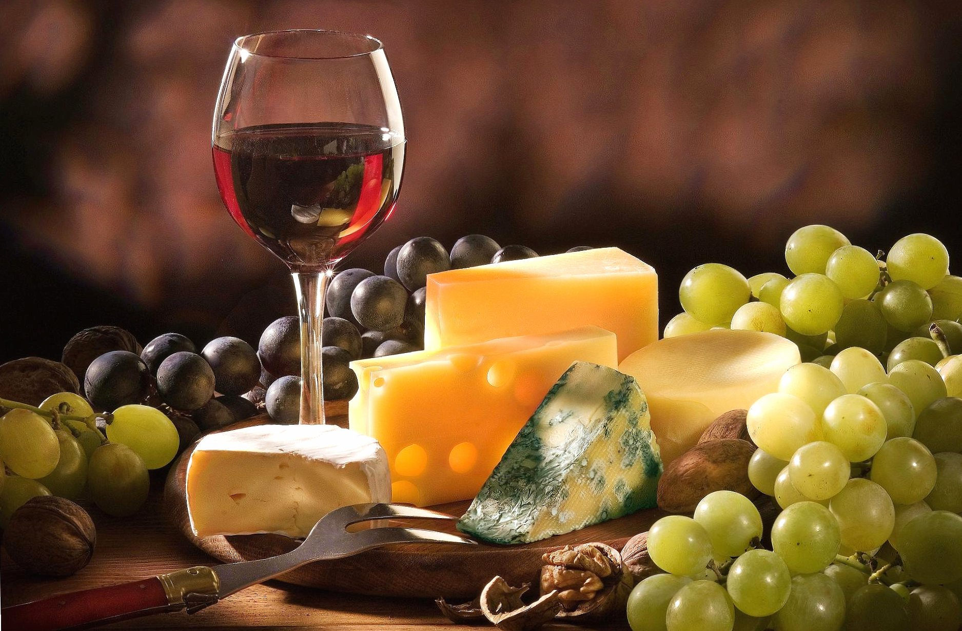 Cheese wine and grapes wallpapers HD quality