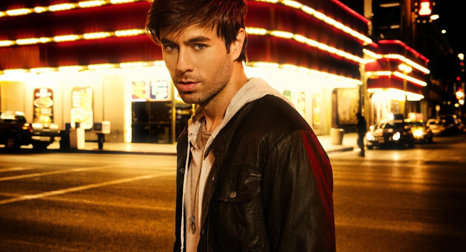 Enrique Iglesias 2012 wallpapers HD quality