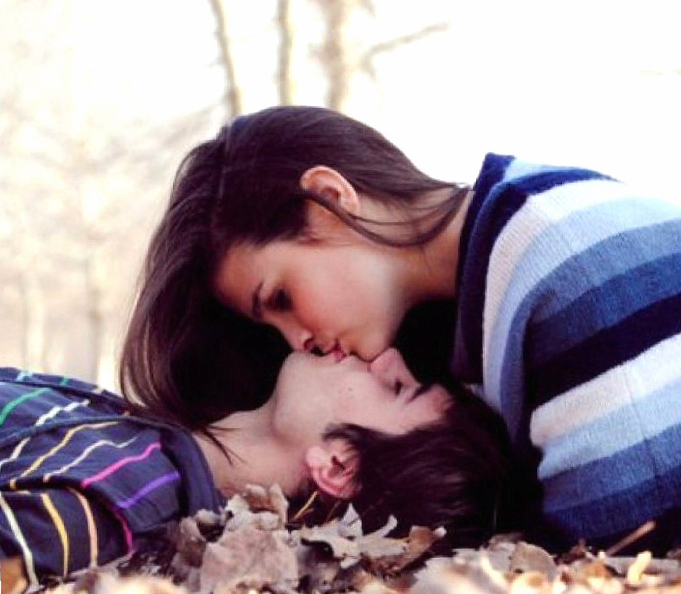 Kissing Couple wallpapers HD quality