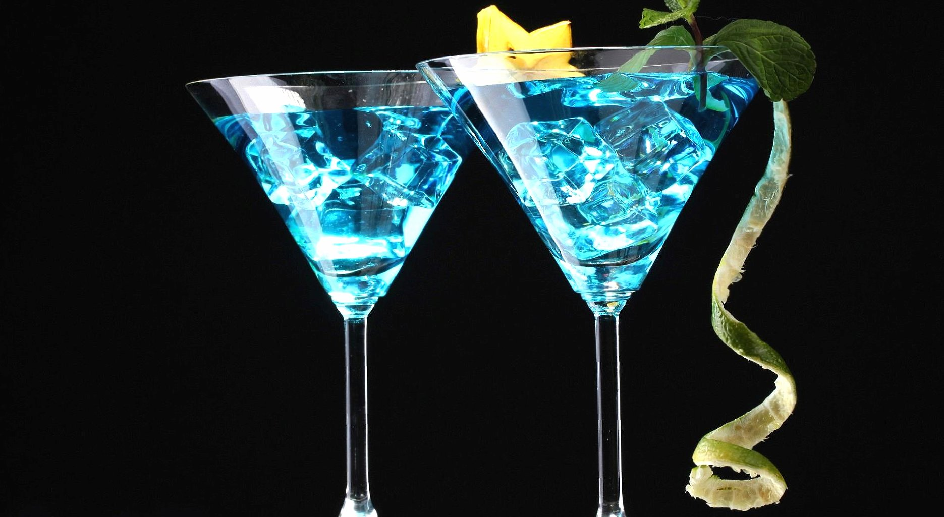 Light blue cocktails wallpapers HD quality