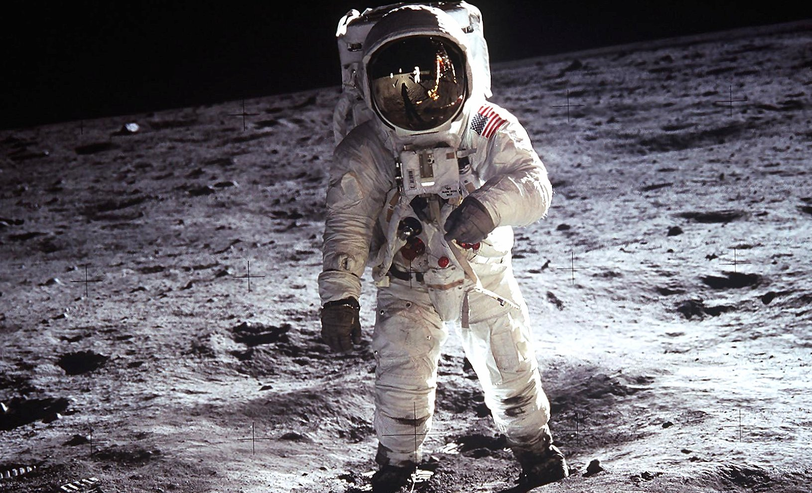 Neil armstrong in the moon wallpapers HD quality
