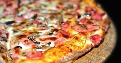 Rich pizza wallpapers HD quality